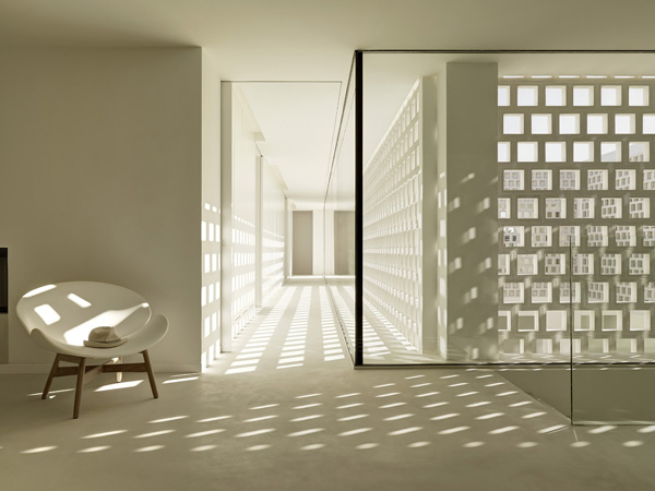 white wall design