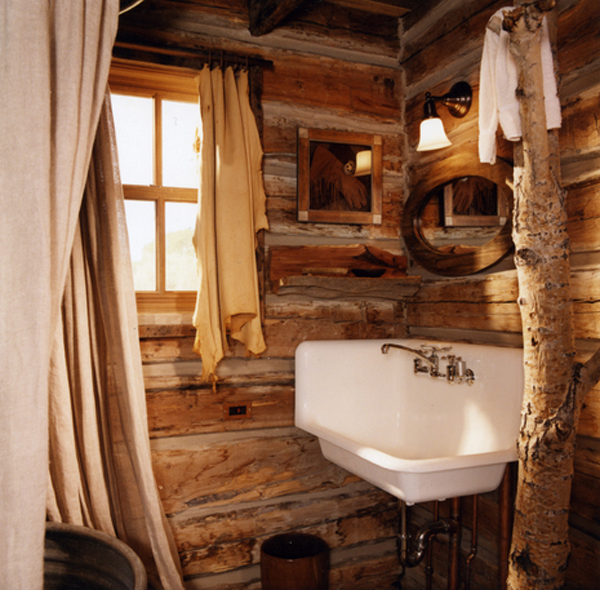 Rustic Bathroom With White Shiplap: 20 Interesting Western Bathroom Decors
