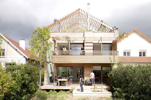 Exceptional Features Uncover in the Eco-Sustainable House in Paris, France
