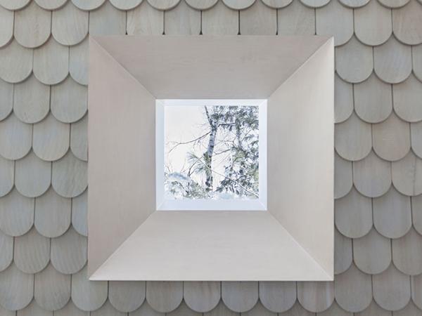 illusory window