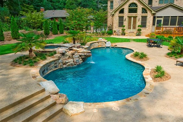 20 Romantic Residential Pools for Private Relaxation | Home Design ...