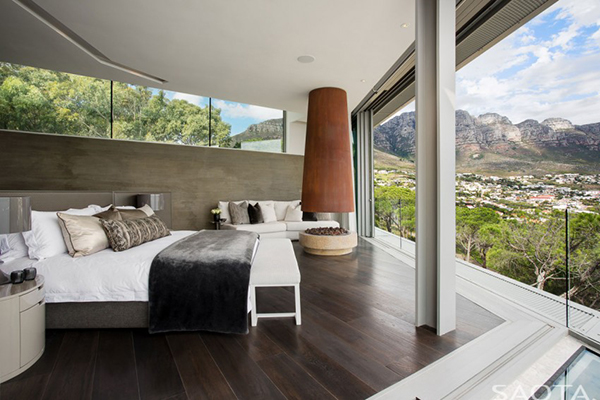 bedroom panoramic view