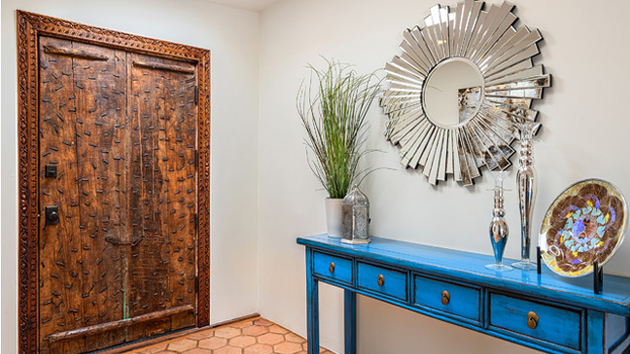 How To Decorate A Foyer Table Like A Pro Home Design Lover
