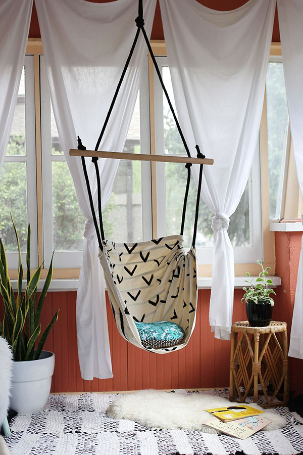 20 Epic Ways to DIY Hanging and Swing Chairs | Home Design Lover