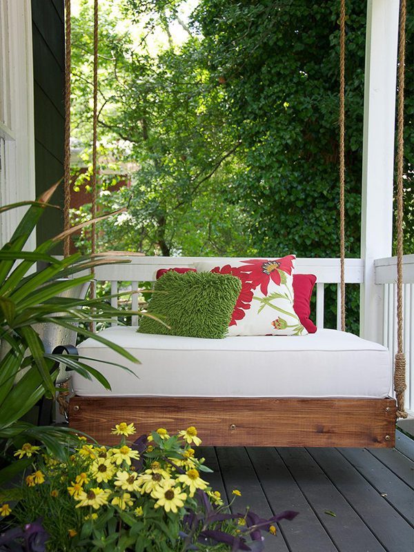 Relaxing Porch Swing DIY