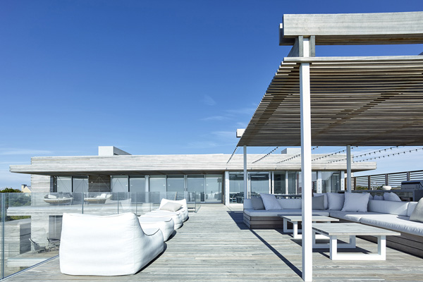 roof deck furnitures