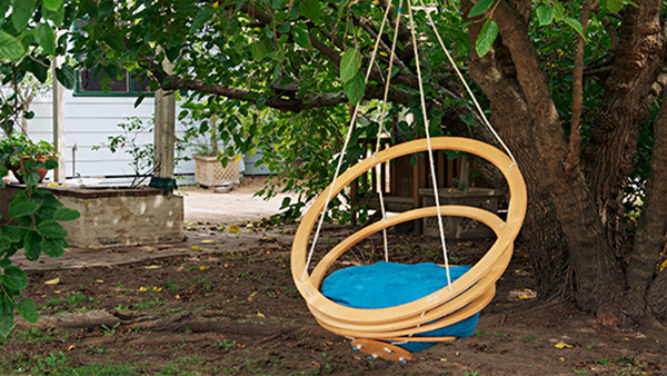 DIY hanging garden chairs