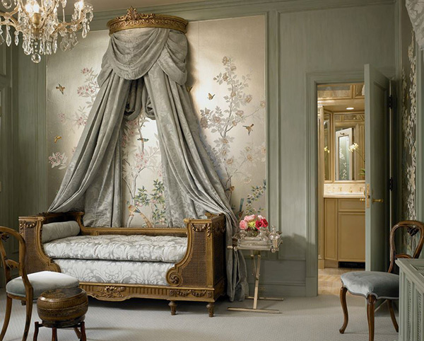 elegant canopy child bed
