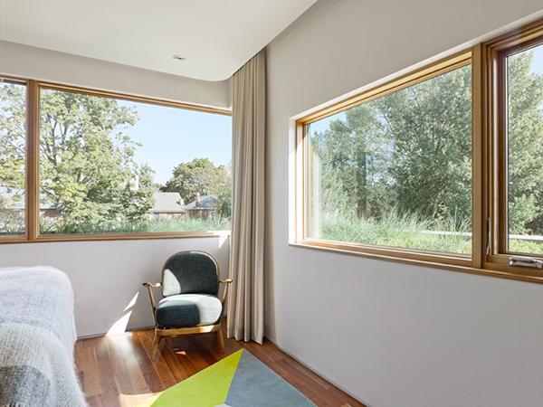 full width glass window