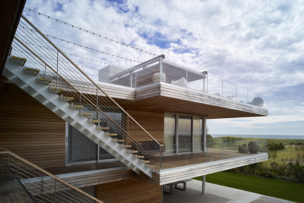 outdoor staircase rooftop