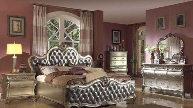 20 Timeless Traditional Bedroom Furniture | Home Design Lover