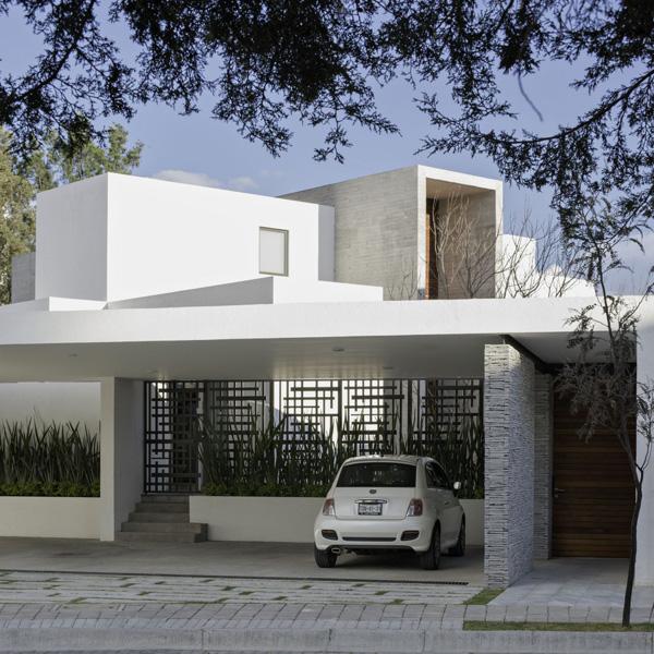 8A House