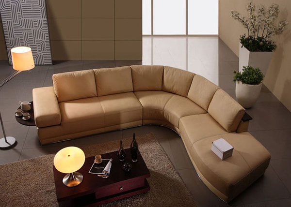 Merveilleux Italian Leather Sectional