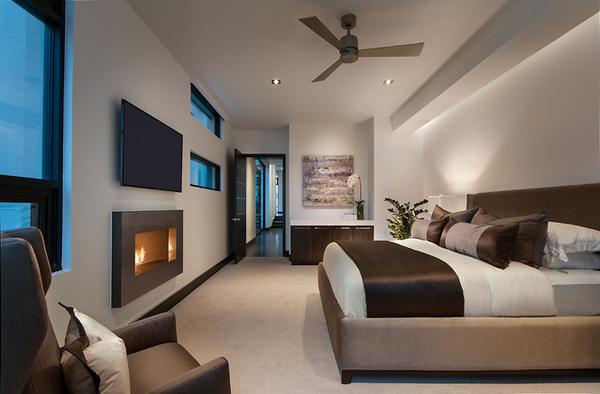 Minimalist bronze bedroom