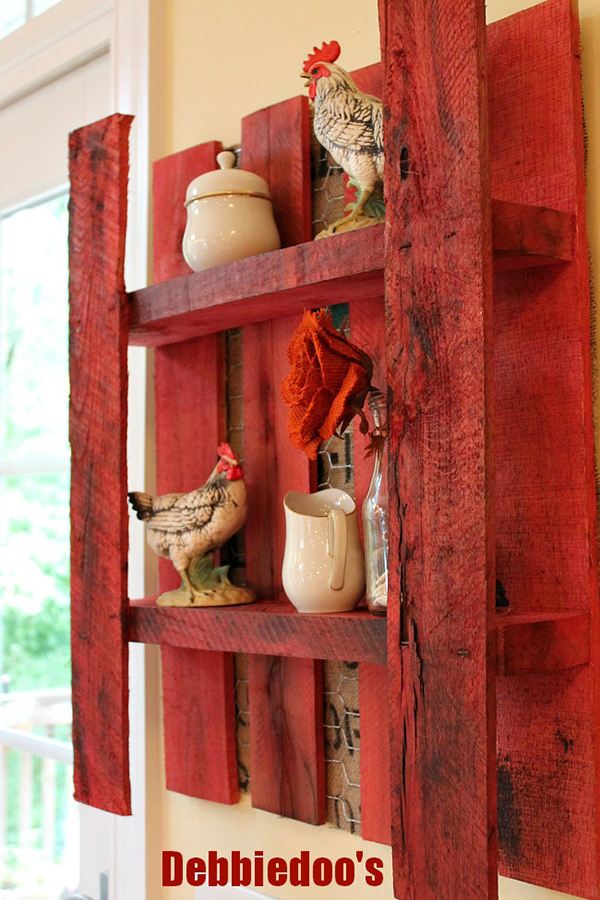 DIY Pallet Shelf Chicken Wire