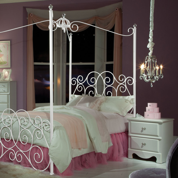 canopy bedroom set & 20 Queen Size Canopy Bedroom Sets | Home Design Lover
