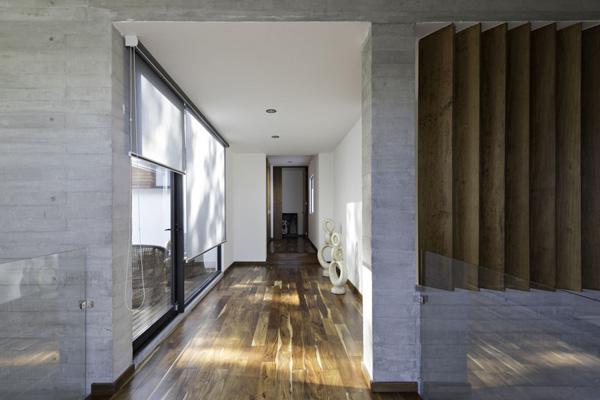 open layout hallway