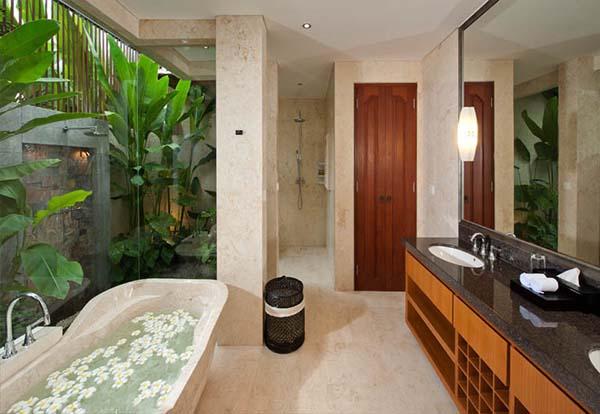 bathroom vacation house