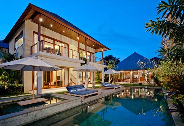 Breathtaking Tropical Bali Villa For Modern Living In The Tropics