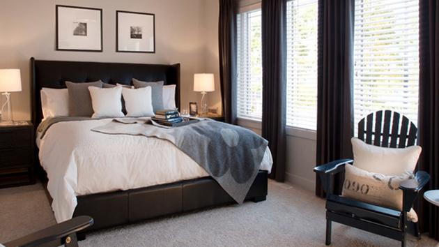 20 Ravishing Black Drapes for the Bedroom | Home Design Lover