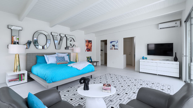Gorgeous Bedrooms 22 drop-dead gorgeous bedrooms decorated with letters | home