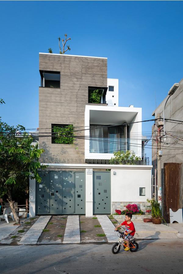 BQ 17 House