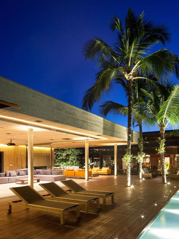 pool side design