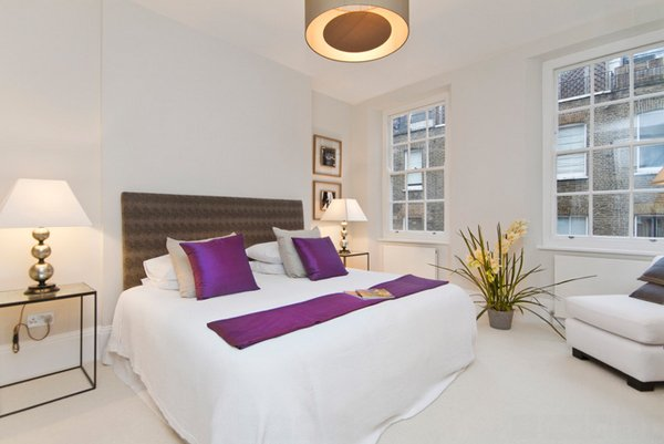 bedroom violet accent