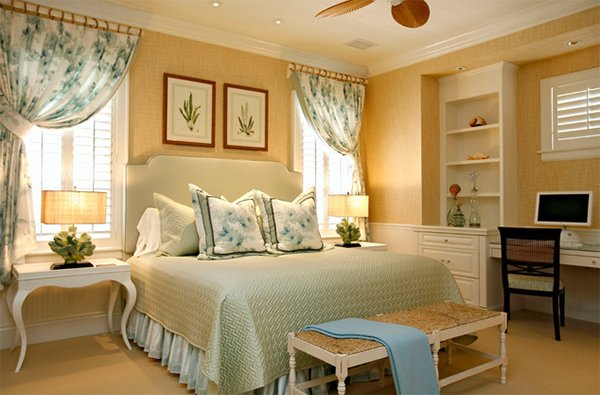 Gold Bedroom Ideas. gold bedroom wall 20 Ideas to Bring Glamour Your Bedroom with Gold Accents  Home