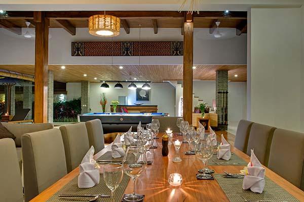 elegant dinging table