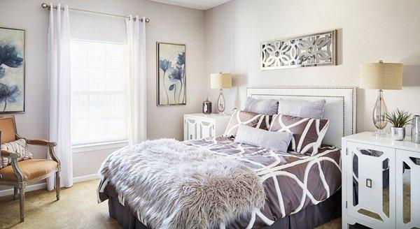 violet gold bed