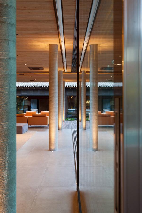 subtle column design