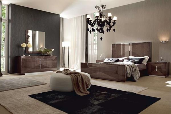 Eva 5 Piece Bedroom Set