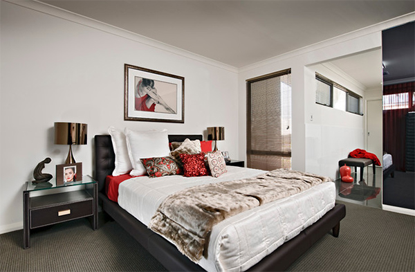 red accent room