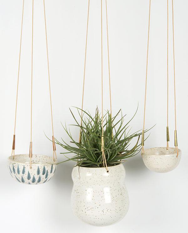 24 Pretty Ceramic Hanging Planters Home Design Lover