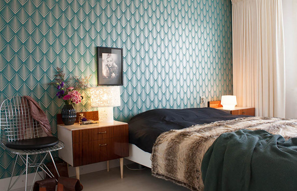 patterned wallpaper bedroom