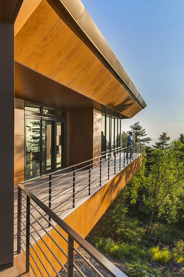 Golden View Residence