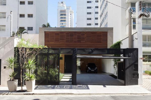 casa entrance