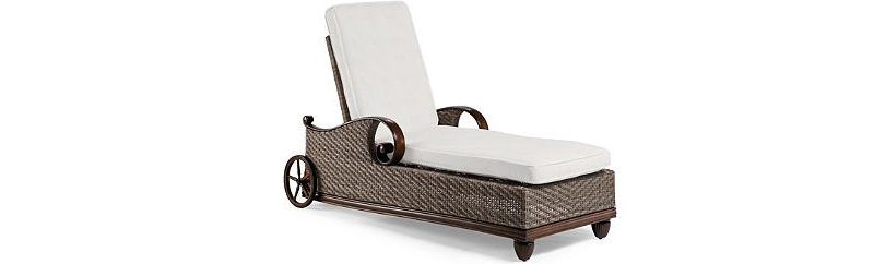 Wicker pool Lounge Chair