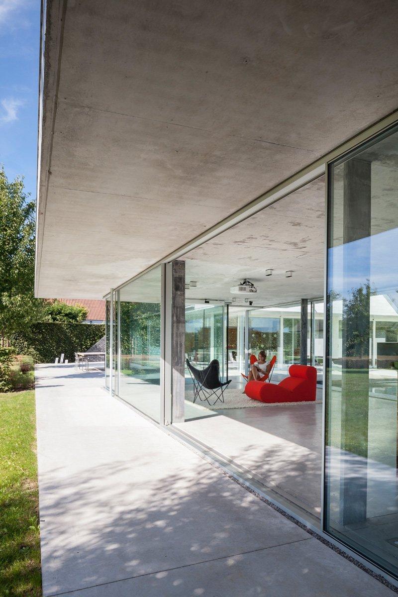 pool house glass concrete