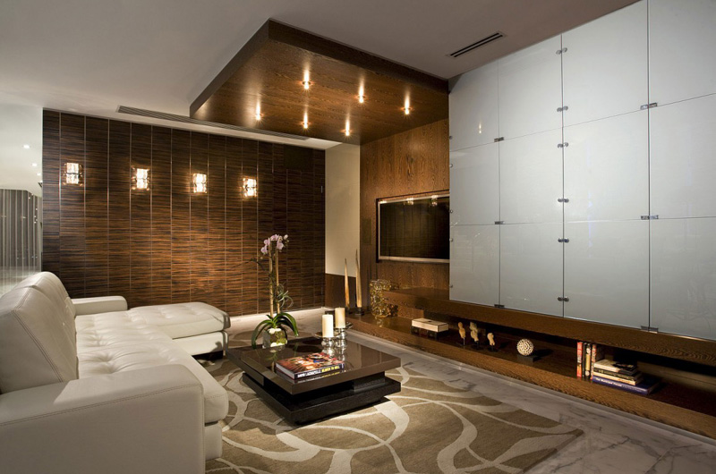 Jeweled Lightings And Sophisticated Blend Of Colors Expose In The