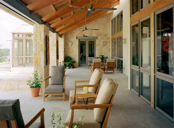 Hillside Residence Front Porch