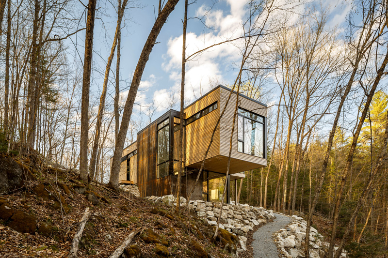 Cantilevered Holiday Home