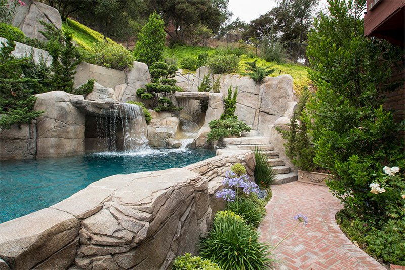 above ground pool landscape