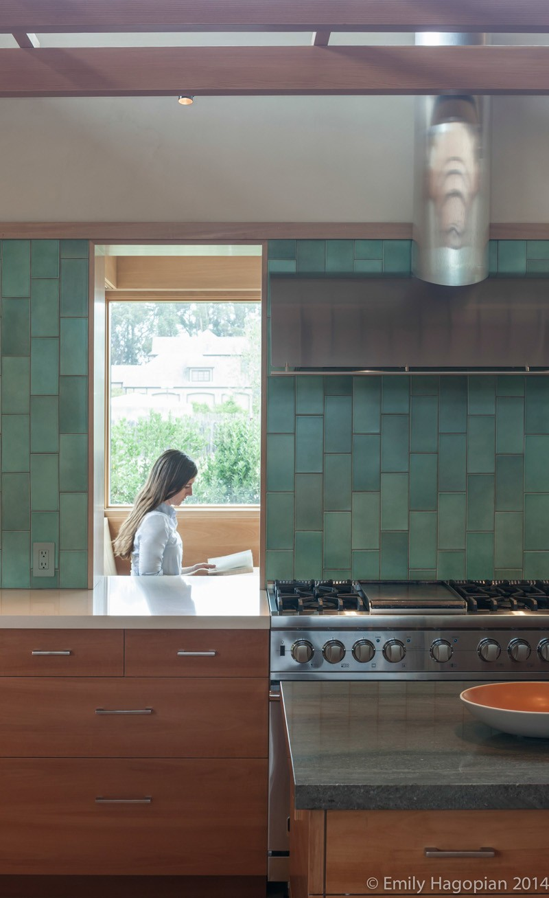 green backsplash