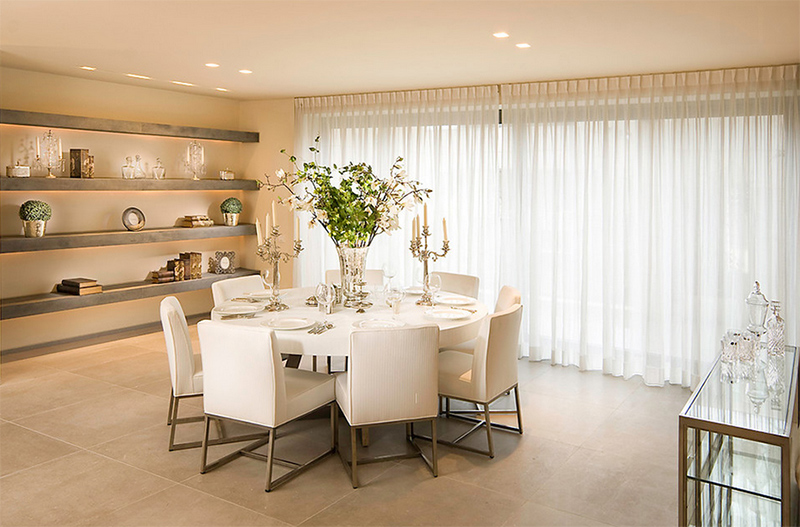 Furniture Arrangement Ideas: 25 Dining Rooms with Round White Dining ...