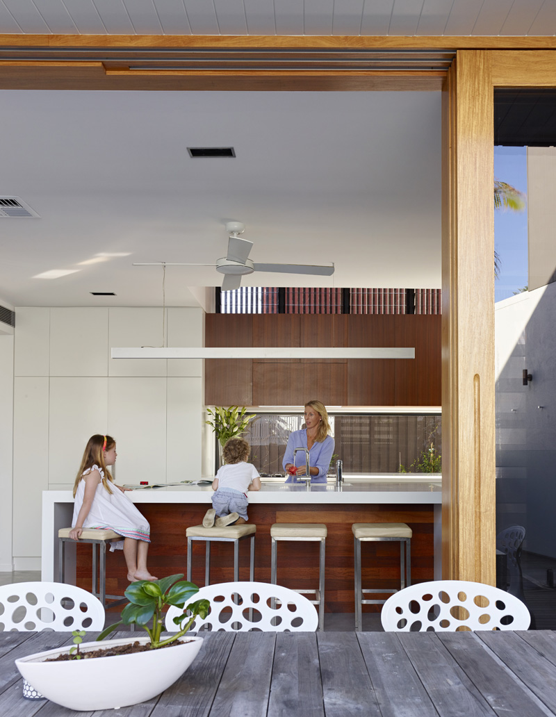 Sunshine Beach House kitchen