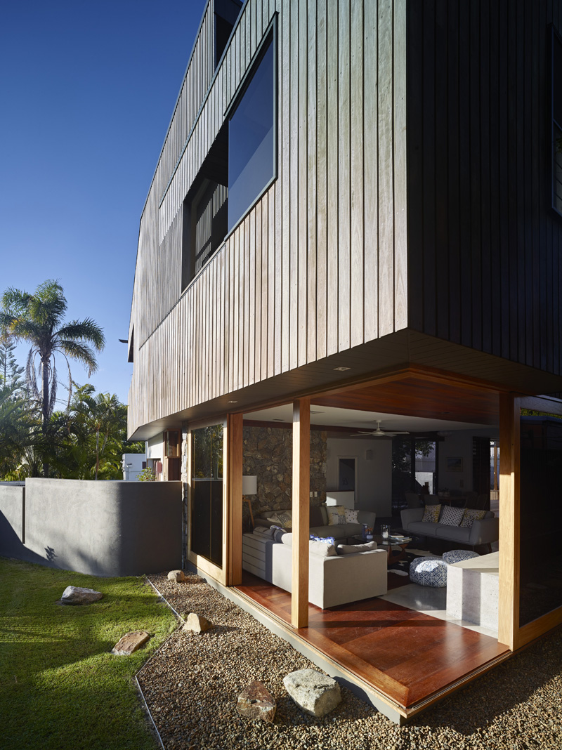 Sunshine Beach House open