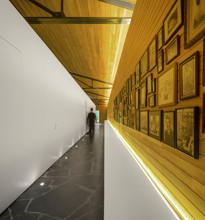 Mororo House hallway