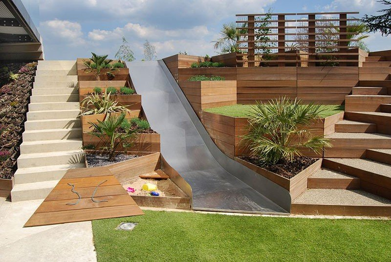 triangular terraced planters